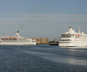 Ferry transfers by private coach